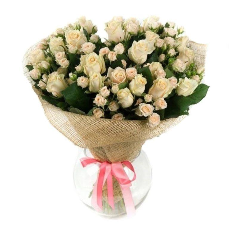 Годовщину свадьбы, букеты из кустовых маленьких роз