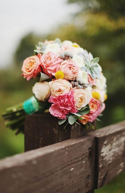 Заказать цветы с доставкой в москве недорого прикольный подарок мужчине на 60 лет